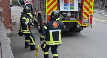 02.05.2017 Brand in Autogarage in Brenzikofen